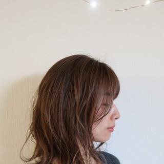 最近のヘア事情① 抜け感も手に入る?扱いやすいロブヘアが好き