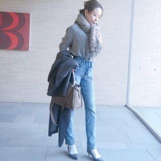 極寒の日に大判ストール&デニムで表参道ランチコーデ