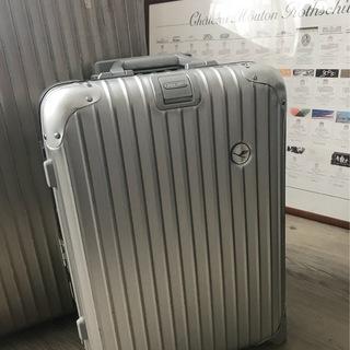 お気に入りのスーツケースを持って今年は何処へ行こう?