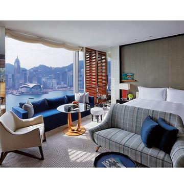 3.ビクトリア湾を臨む地に、贅沢な最新ホテルが開業