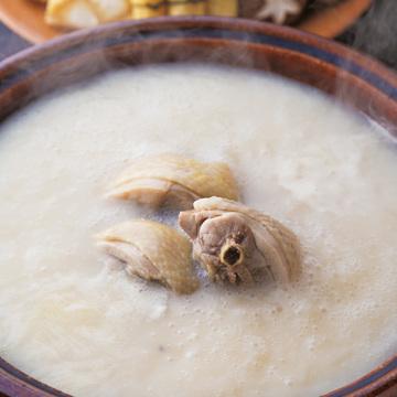 龍馬の好物、鳥料理の専門店 鳥彌三(とりやさ)