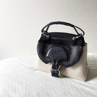 コンパクトなバッグ、買いました。