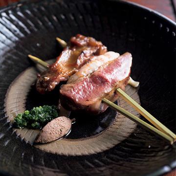 新感覚の串料理を楽しめる注目のレストラン『デンクシフロリ』
