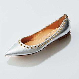 この春の靴は「白・シルバー・ベージュ系」がとにかく使える!