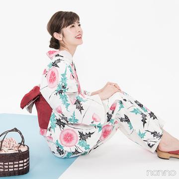 ゆかたのマナーOK&NG★ 歩き方・座り方・スマホの持ち方【ゆかたの着付けと髪型】