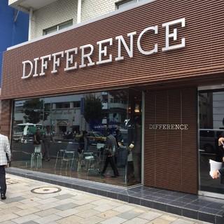 スーツを気軽にセミオーダーできる新ブランド、【DIFFERENCE】が表参道に登場!