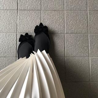 """上質で上品なプリーツスカートは""""Tsuru by Mariko Oikawa""""で得られる☆"""