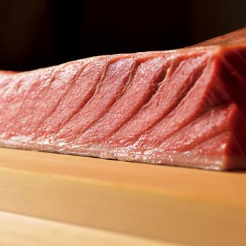 3.札幌で研究家肌の主人がにぎる妥協なき鮨 鮨 一幸