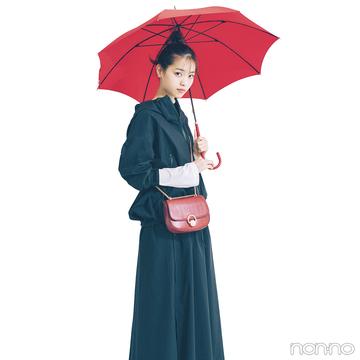 西野七瀬はちょっぴり甘めのアウトドアスタイルで雨の日もご機嫌♡【毎日コーデ】