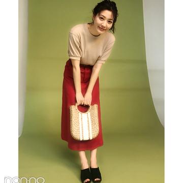 岡本杏理は赤スカートをサーマルでカジュアルに【毎日コーデ】