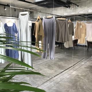 服を大切にする女性に向けたブランド【Rut ラット】 2021SS展示会へ