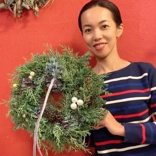 今年は、お家時間を楽しむために「クリスマスリース」教室へ