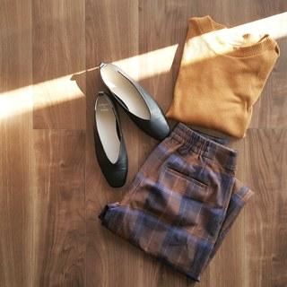 秋の定番アイテム、チェック柄。今年はこう着ます。
