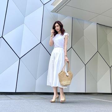 白スカートで夏コーデ