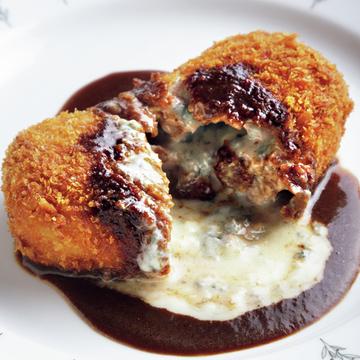 チーズ&デミグラスソースがたまらない! やみつきになる「トンカツゴルゴンゾーラ」【京都、あの店のあの一品】