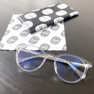 Zoffのクリアフレームメガネ