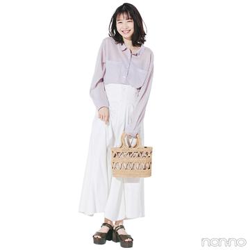 夏のかごバッグは今からポチりたい!ナチュラルに白スカートと合わせて【毎日コーデ】