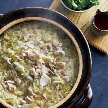料理家・堤人美さんが提案! 冬野菜が美味しい鍋レシピ 五選