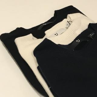 +J 3Dカシミアクルーネックセーター