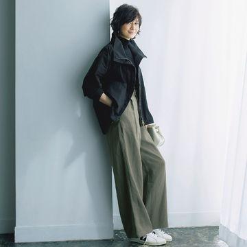 ほどよい着映え感と華ディテールで気分が上がる!富岡佳子さんが着こなす「E by éclat」のカジュアル名品