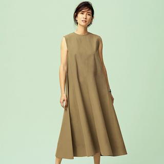 """大人のベーシックは """"素材""""と""""シルエット"""" YLÈVEの 仕立てのよい服"""
