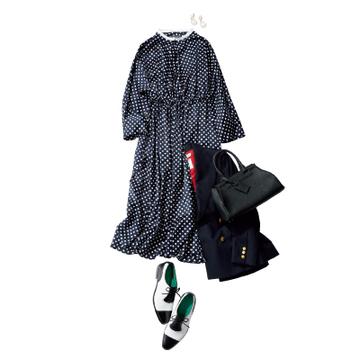 歌舞伎座には小紋風のドット柄ワンピースで上品に【ワンピース30days】