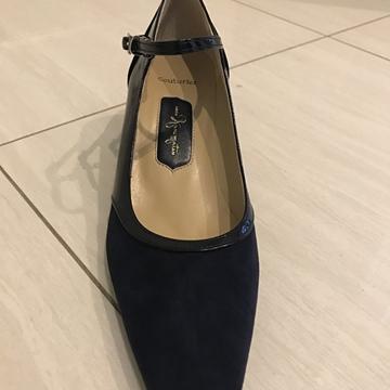 世界に一足だけのオリジナルの靴