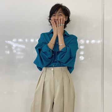 [富岡佳子private life]表紙衣装