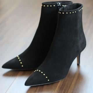 歩きやすく、こなれ感を出せる靴といえば・・・