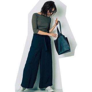 とろみワイドパンツをフラットシューズで履くときのバランスは?