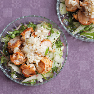 食欲をそそる香りで栄養バランスも◎。ホタテのグリルと香味野菜サラダ