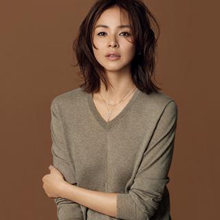 最愛ブランドからハイラインが登場「CHAN LUU」で作る4つのジュエリースタイル