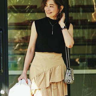 エディター三尋木奈保さん流・最旬ベージュコーデのつくり方|40代トレンドファッション