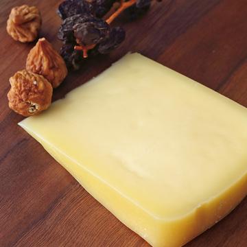 4.チーズ工房 白糠酪恵舎の「トーマシラヌカ」