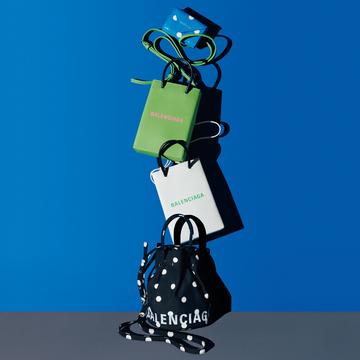バレンシアガのバッグ&SLGをチェック!【Fashion Scoop!】
