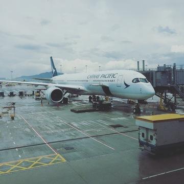 香港へは、香港がホームグラウンドのキャセイパシフィック航空が楽しい!