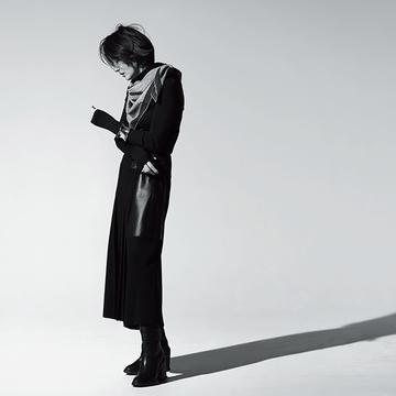 女性の魅力を引き立てる「全身ブラックコーデ」【富岡佳子「エルメスの最上質に包まれて」】