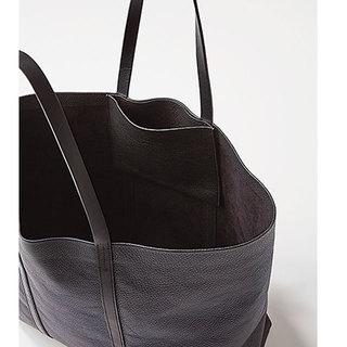 CHACOLI × HYKEのトートバッグ
