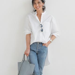 ファッションエディター・坪田あさみさんの 「トフ&ロードストーン」の最新バッグ、私流スタイリング術