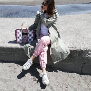 日差し映えなピクニックバッグでプチプラコーデをアップデート