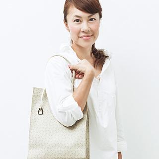 石井千花さんのバッグの中身はこれ!