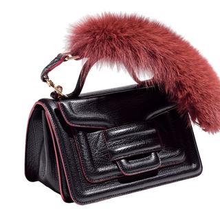 遊び心と女っぷりを高める、ピエール アルディの新作バッグ