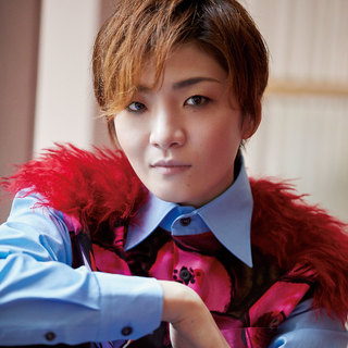 月組・鳳月 杏さん「組替え後の心境を教えて!」【宝塚スターに質問!】