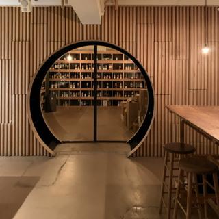 美味しいワインとスタイリッシュな空間。幡ヶ谷のワインショップflow。