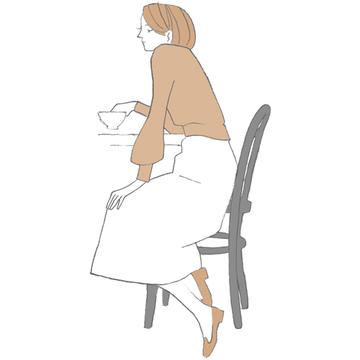 老後が不安、息子の態度に落ち込み…アラフィー女性の「心がツラい」エピソード