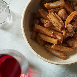 今からどんどん美味しくなる根菜を使って。れんこんと豚肉のバルサミコ酢炒め【平野由希子のおつまみレシピ #35】