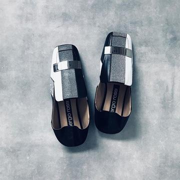 履きやすくて疲れにくい「ローヒール靴」でご近所お出かけに【Jマダムのおしゃれコーデ】
