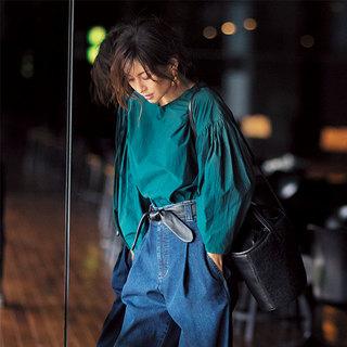 「ボリューム袖& バックシャントップス」 でパンツスタイルを更新!