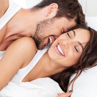 """アラフォー女性たちが考える""""精神的に満足感が得られる夜の営み""""とは?【アンケート調査】"""