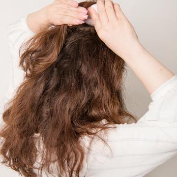 どうする!? 梅雨時の悩み<その3> ペタンコになる髪・広がる髪_1_1-2